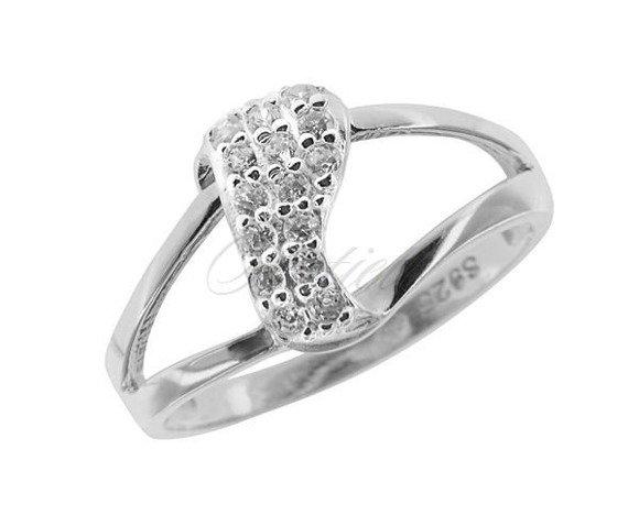 Silver (925) ring white zirconia