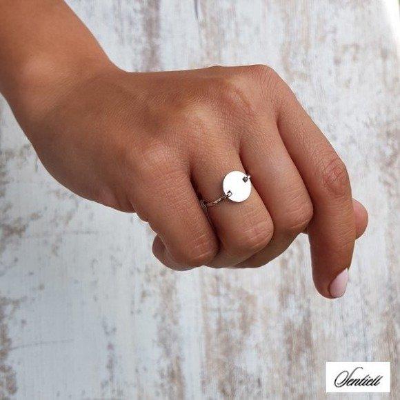 Srebrny pierścionek z kółkiem pr.925 blaszka celebrytka